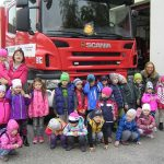U hasičského auta 2